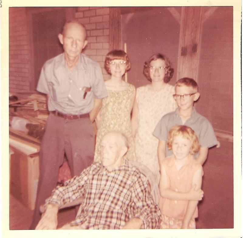 Daddy, Marie, Dorothy, Robert, Nancy & Grandpop